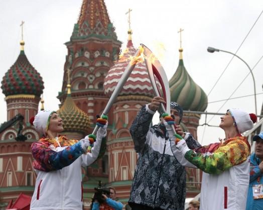 Сочи 2014 Олимпиада олимпийский огонь без смс