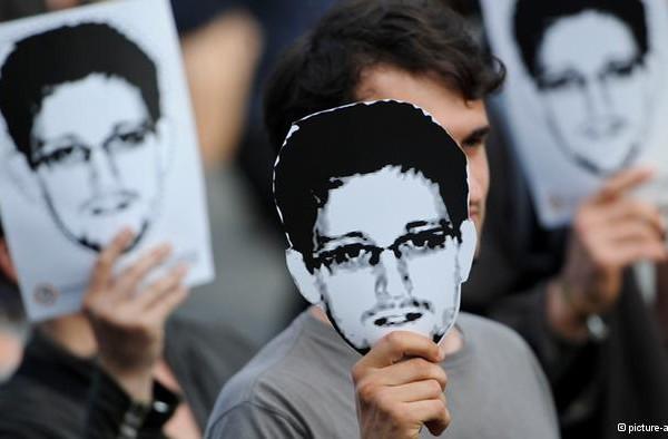 В США гадают, не помог ли Сноуден России в Крыму