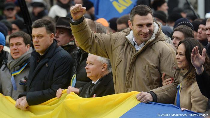 Кличко требует выборов президента в 2014 году