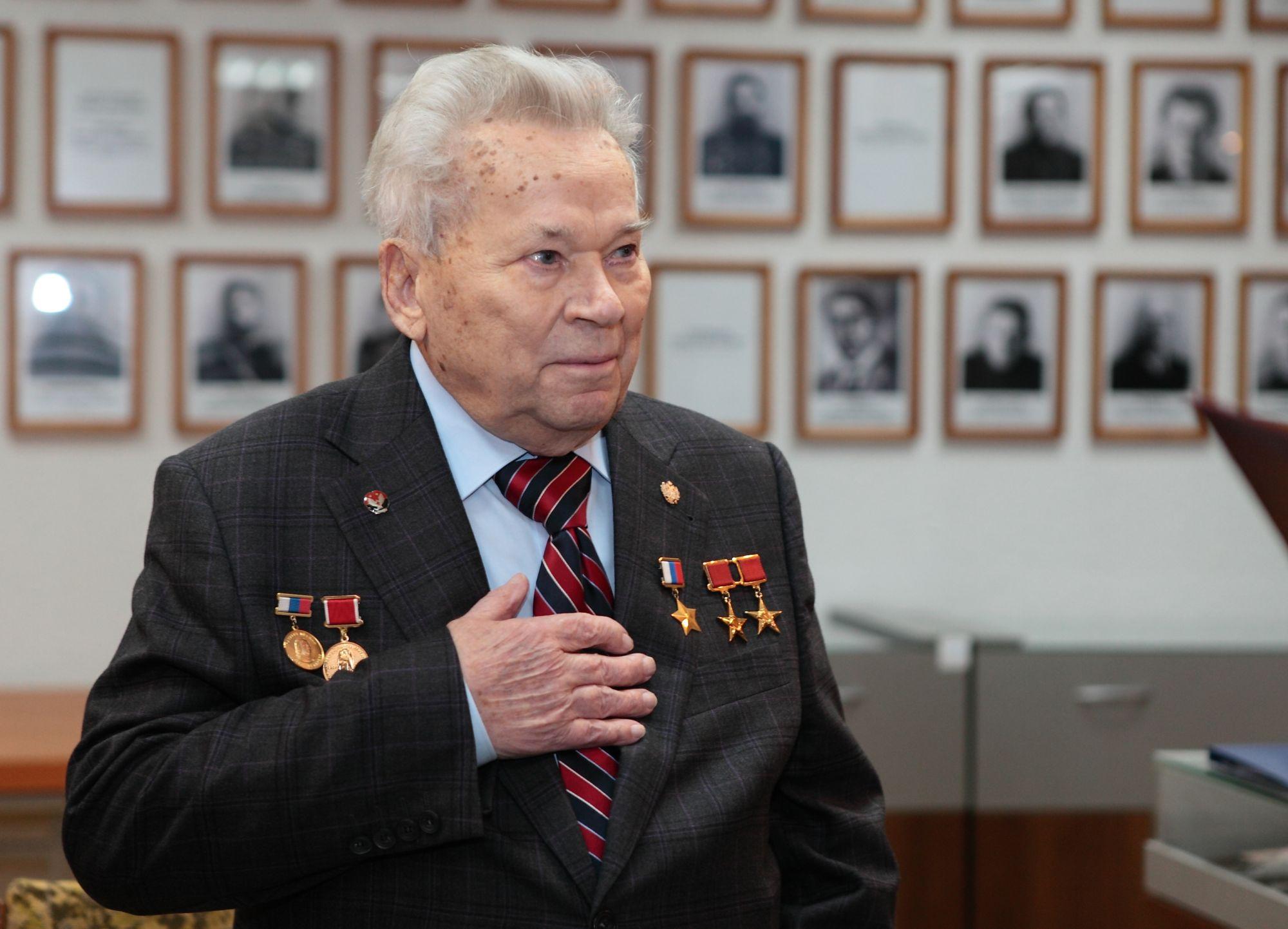 Умер Михаил Калашников
