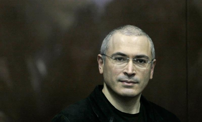 Ходорковский улетел из России