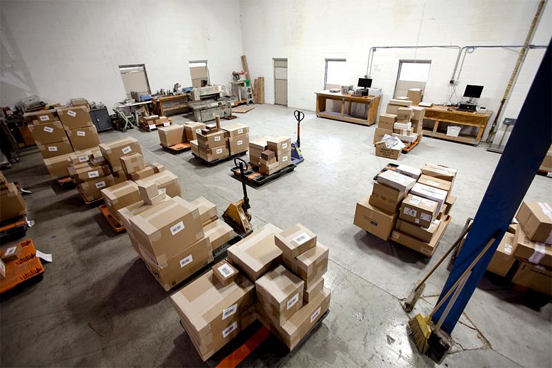 Таможня требует оформлять доставку посылок на адрес прописки