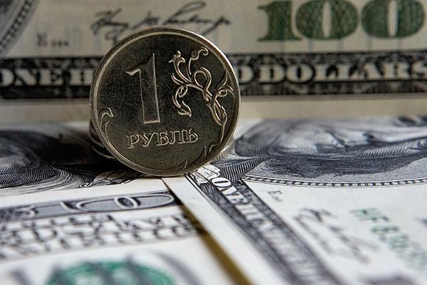 Доллар стоит 36 рублей впервые за пять лет