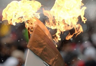 Путин в курсе «уток» про Кабаеву, но зажигать Олимпийский огонь будет не она