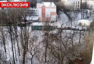 В московской школе вооруженный мужчина взял в заложники детей