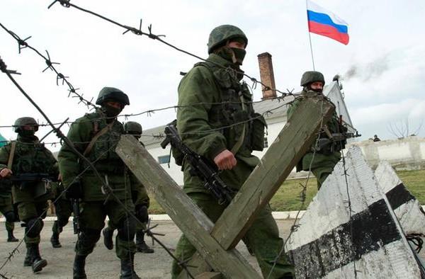 Россия начала отводить войска от украинских границ