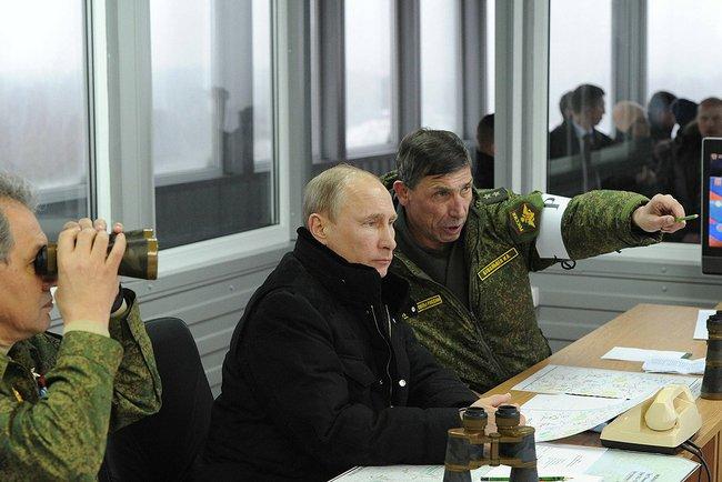 Путин приказал войскам с учений на западе вернуться в части