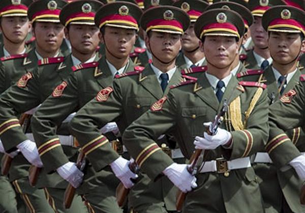 Китай резко увеличивает военный бюджет, но США все еще первые по тратам