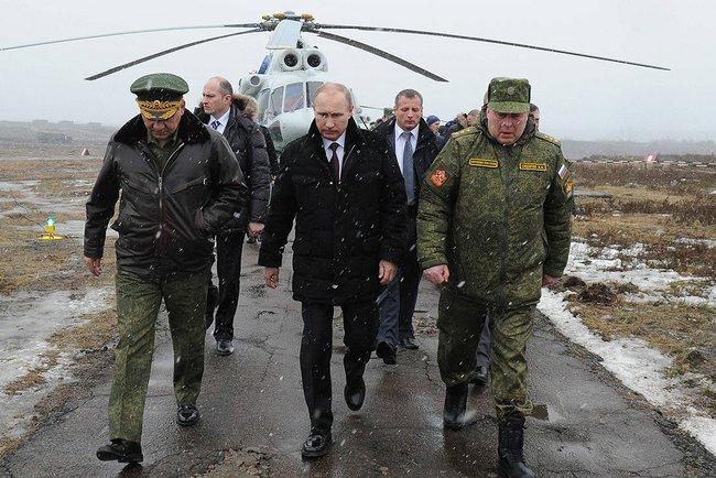 Россия отказалась от немедленного ввода войск в Украину