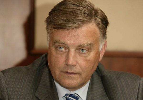 Якунин объяснил политику Кремля: цель США в Украине — развал России