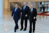 Цепная девальвация по-евразийски. Кому выгодно падение рубля, и чем это грозит Казахстану и Белоруссии?