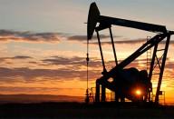 Новая эпоха или антироссийский заговор. Кто обрушил нам цену на нефть?