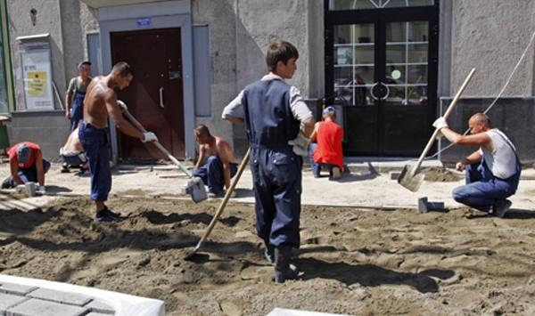 Репортаж Meduza: мигрантов в Москве вербуют для войны с ИГИЛ
