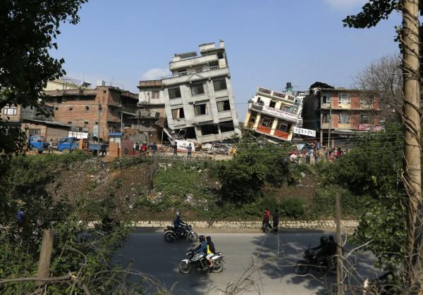 Землетрясение в Непале: фото и видео катастрофы