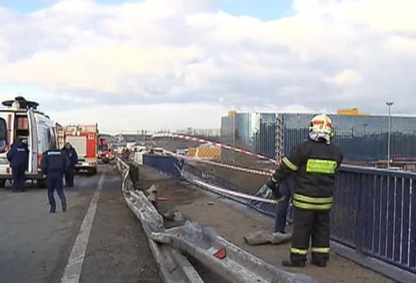 На 19-м км МКАД авария из 20 машин: двое погибших