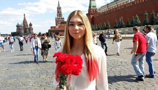 «Парни — не ссать!» Новое лицо госпатриотизма — 16-летняя штангистка Марьяна Наумова