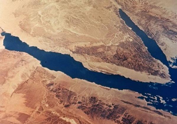 фото крушения самолета в египте