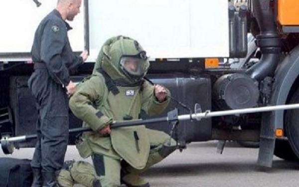 bomb 02