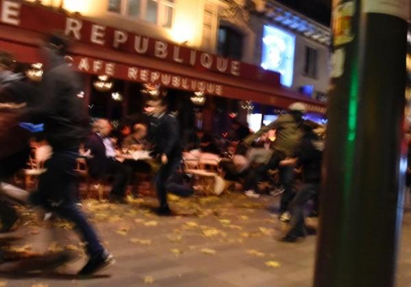 Live. Серия терактов в Париже