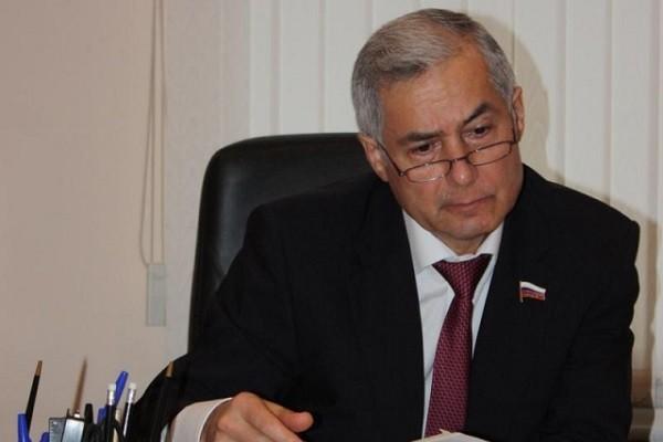 Депутата Госдумы впервые лишили докторской степени за плагиат