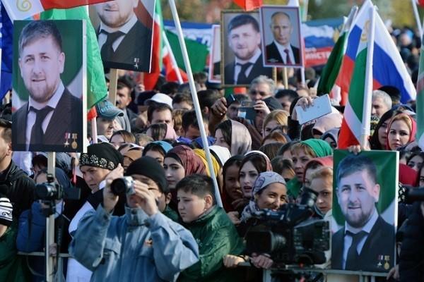 Личные качества и связи. В Чечне будут выдавать духовно-нравственные паспорта