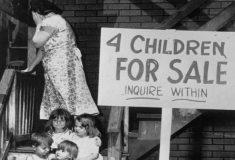 Дети на продажу. Мать продала малыша за полмиллиона ради другого ребёнка