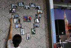 «Он смотрит на вас со стен». Кафе фанатов Путина в Красноярске удивило западные СМИ
