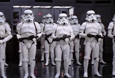 «Давайте сюда, штурмовики!» Обама устроил танцевальную вечеринку с героями «Звёздных войн»