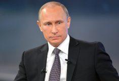 Генерал позабавил Путина, случайно отломав ручку от двери автомобиля