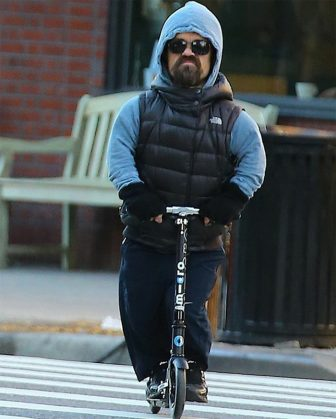 peter-dinklage-scooter-photoshop-battle-funny-tyrion-lannister-game-of-thrones-70