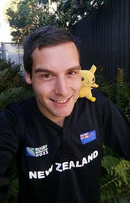 История о том, как парень бросил работу и отправился ловить покемонов по Новой Зеландии