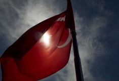 «Пулемётная очередь, взрывы, истребители». Российские туристы рассказали о попытке военного переворота в Турции