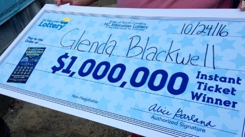 Американка выиграла 1 млн долларов, пытаясь доказать мужу бесполезность лотерей