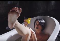 Кровавая ванна и резиновая уточка. Ещё один клип Pussy Riot