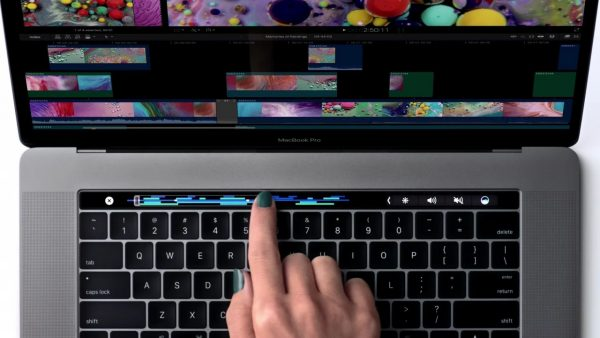 apple-macbook-pro-touch-bar-ad-009-1280x720