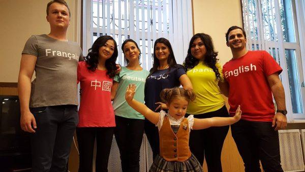 Четырехлетняя москвичка, говорящая нашести языках, восхитила интернет