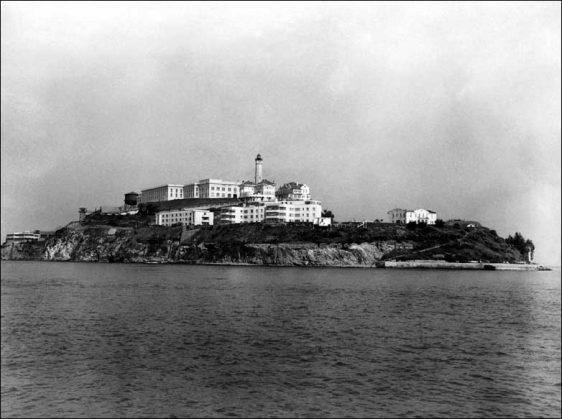 _45908780_alcatraz