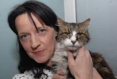«Я расплакалась, увидев его». В Шотландии женщине вернули кота спустя 14 лет после исчезновения