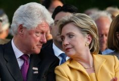 Хиллари Клинтон разводится с Биллом после выборов? Нет