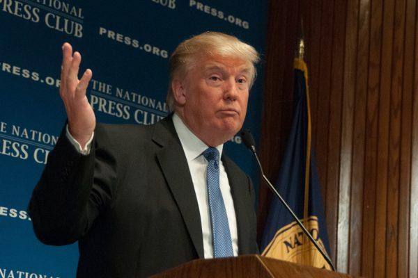 Предвыборный штаб Трампа опроверг информацию оего связи сРоссией