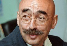 «Офигевший усатый клеветник». Карикатуристу Бильжо устроили травлю за статью о Зое Космодемьянской