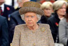 «В этом году это вполне реально». В твиттере поверили в фейковую новость о смерти королевы Елизаветы II