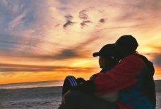 Вас тоже бесят пары, которые выставляют свои прекрасные отношения напоказ? Расслабьтесь, они могут быть несчастливы