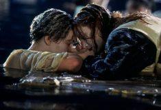 Режиссёр «Титаника» Джеймс Кэмерон ответил всем уверенным, что Джек мог бы поместиться на той двери с Роуз и выжить