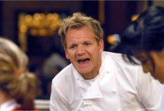 «Сердечный приступ на тарелке». Гордон Рамзи троллит начинающих поваров, которые просят оценить фото их блюд
