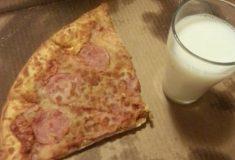 Пицца с молоком — вкуснятина или безумие? В твиттере не могут решить