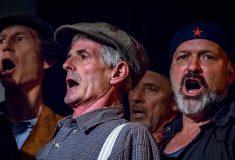 Австралийские мужики из хора Dustyesky поют советские песни лучше, чем ваш дедушка