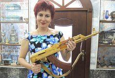 «Заберите у неё модем!» Журналистка «Комсомолки» написала о выборах во Франции, и над ней смеются даже читатели «Комсомолки»