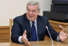 «А министр культуры сплясала». Губернатор Красноярского края поёт шансон для библиотекарей