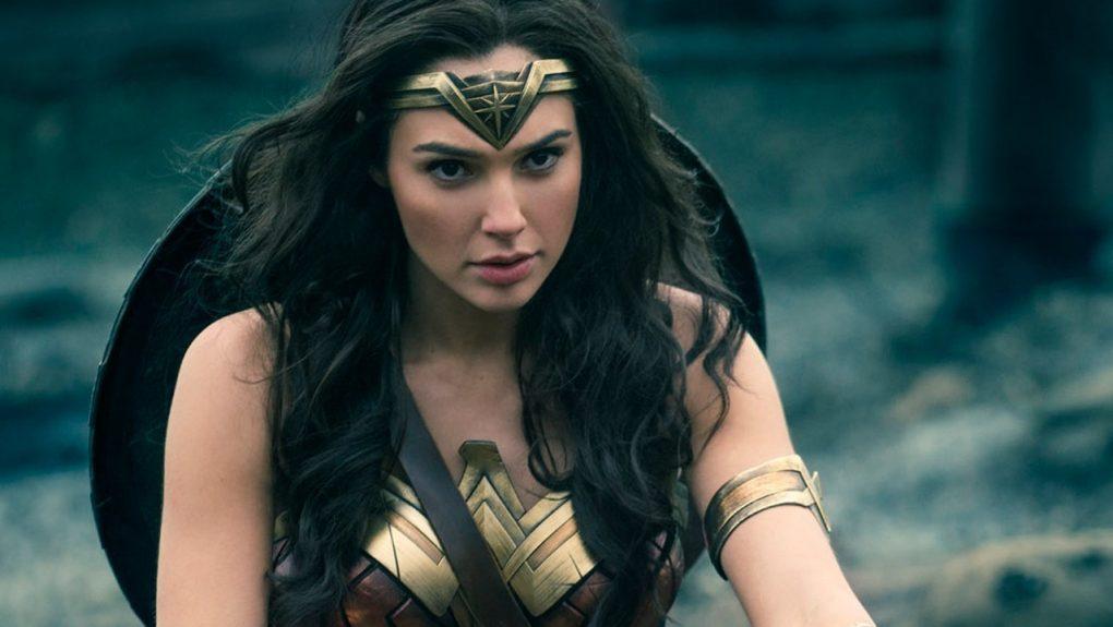 В техасском кинотеатре решили показать «Чудо-женщину» только женщинам, и мужчины немного расстроились